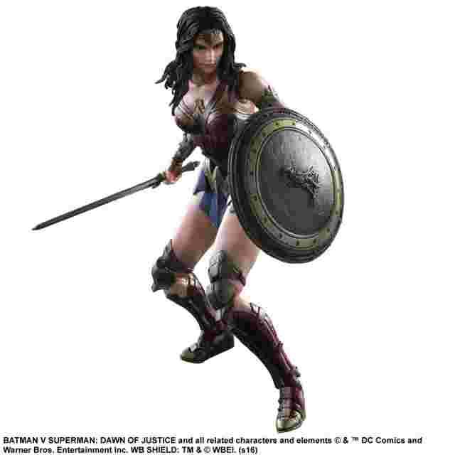 Capture d'écran du jeu Figurine Batman v Superman: Dawn of Justice Play Arts Kai [WonderWoman]