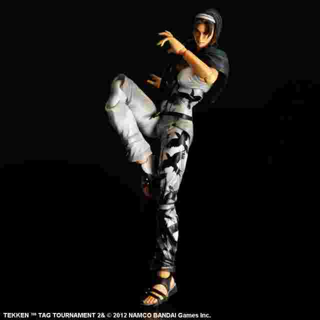 Capture d'écran du jeu FIGURINE TEKKEN TAG TOURNAMENT 2 PLAY ARTS KAI - [JUN KAZAMA]