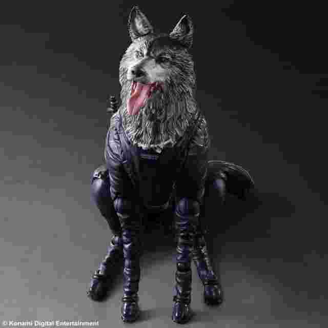 Capture d'écran du jeu Metal Gear Solid V The Phantom Pain Play Arts KAI -D Dog