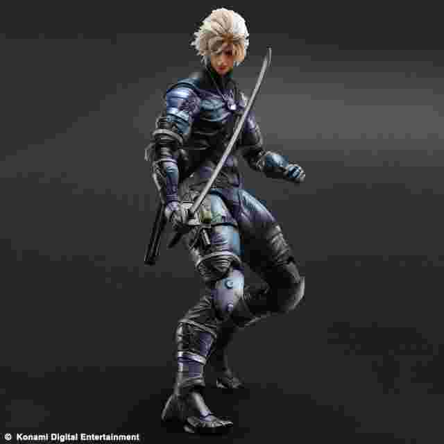 Capture d'écran du jeu FIGURINE METAL GEAR SOLID 2 SONS OF LIBERTY PLAY ARTS KAI - [RAIDEN]