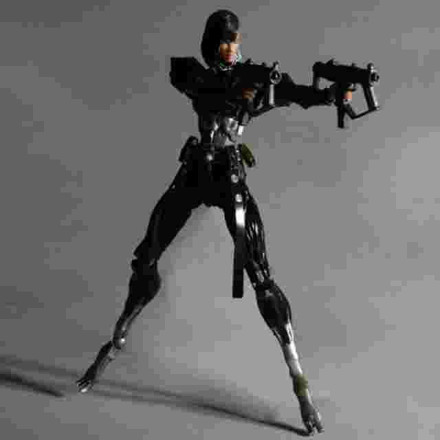 Screenshot for the game DEUS EX: HUMAN REVOLUTION Play Arts Kai [Yelena Fedorova]