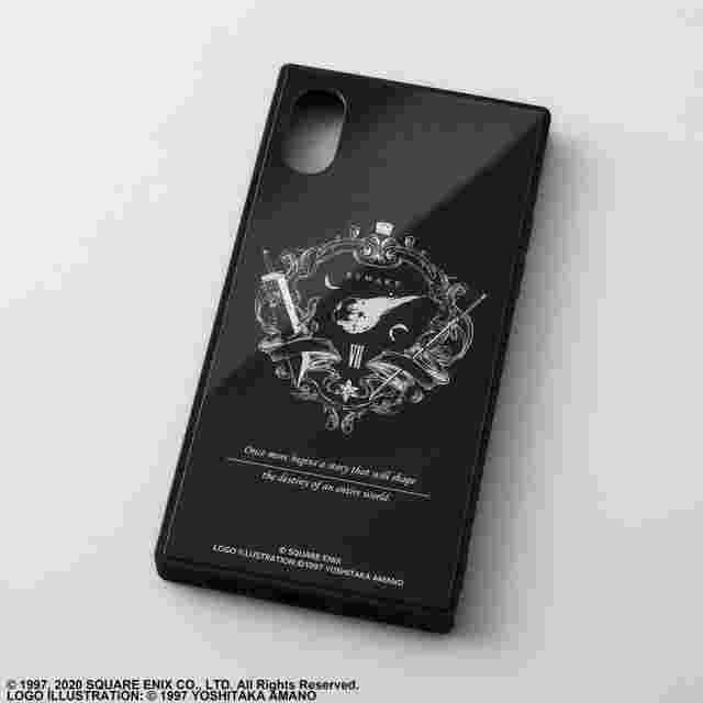 Capture d'écran du jeu FINAL FANTASY VII REMAKE SQUARE SMARTPHONE CASE FOR IPHONE X/XS - EMBLEM