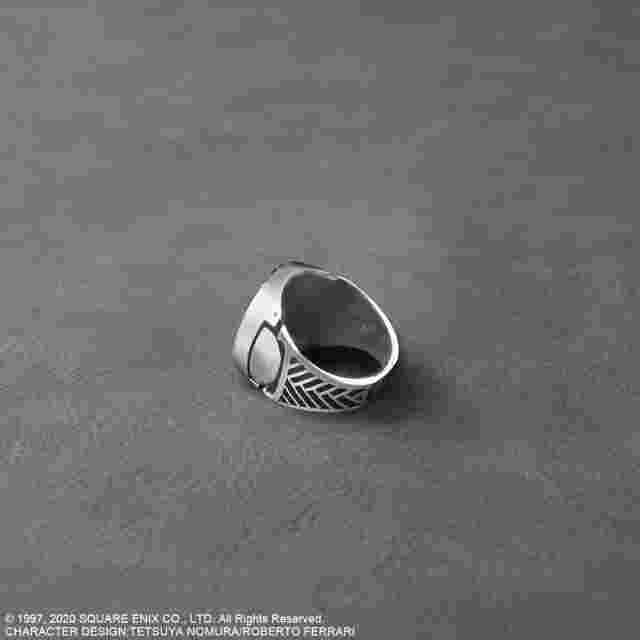 Screenshot for the game FINAL FANTASY VII REMAKE™ Silver Signet Ring - SEPHIROTH Size 17 [JP]