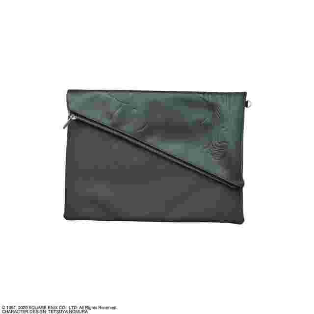 Captura de pantalla del juego FINAL FANTASY VII CLUTCH BAG - SEPHIROTH