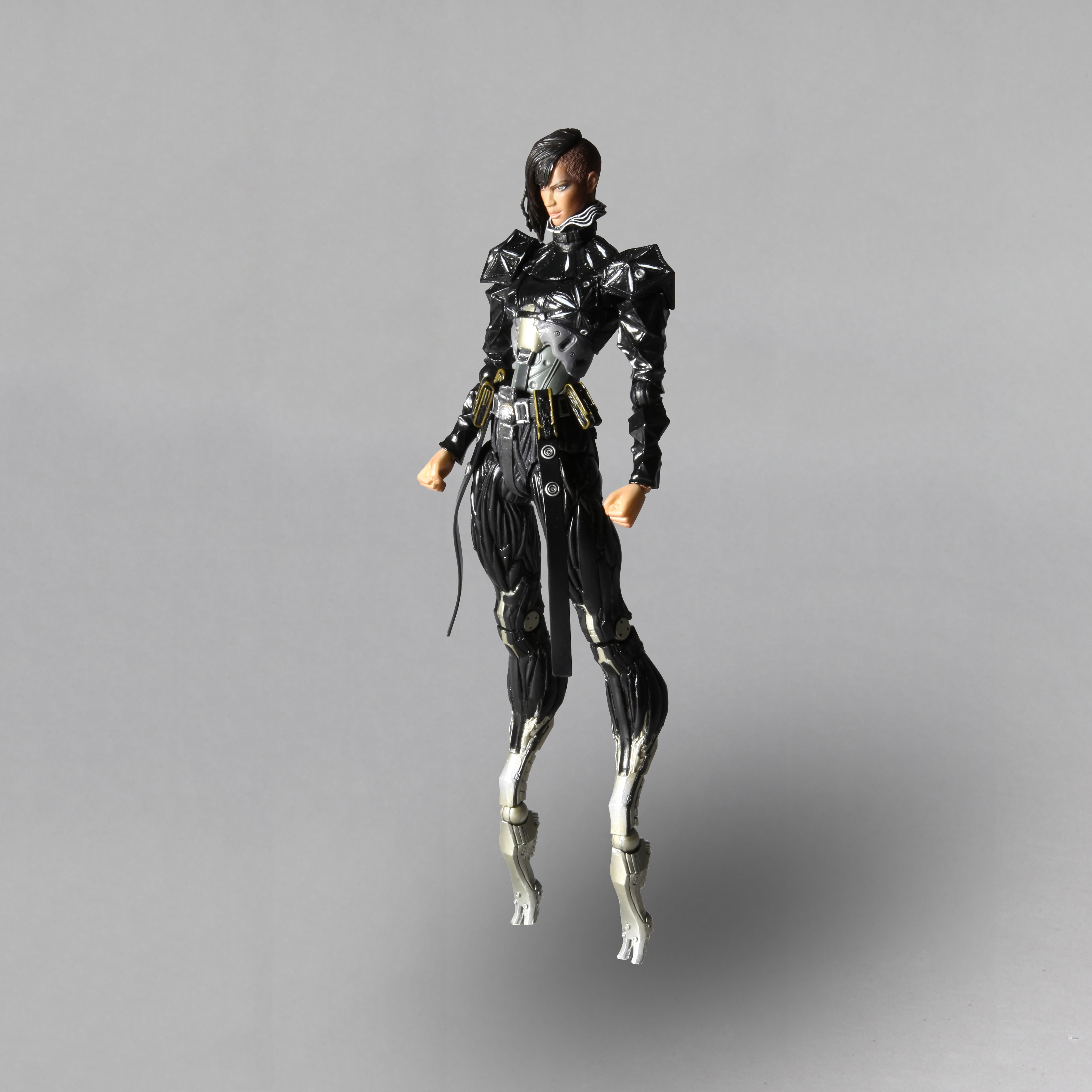Capture d'écran du jeu DEUS EX: HUMAN REVOLUTION Play Arts Kai [Yelena Fedorova]